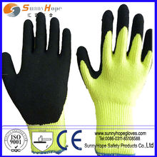 Heavy thermal lined latex sandy coated safety winter glove