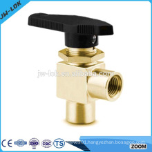 High pressure angle spring return ball valve