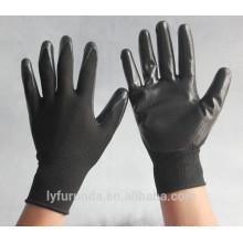 Luvas de nylon calibre 13 revestidas com nitrilo na palma, acabamento liso