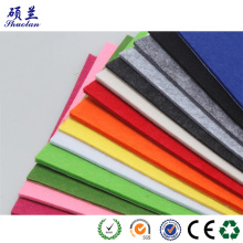 Godkvalitativ färgpolyesterfiltduk av god kvalitet