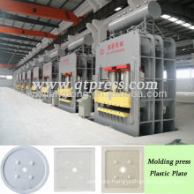 Plastic filter pallet molding machine