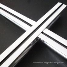 Freiliegende flache Nutdecke T-Grids (mittlere schwarze Linie 24 * 32 * 3600)