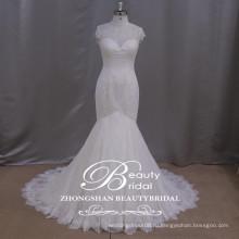 романтические кружева аппликация русалка свадебное платье высокая шея Cap рукавом свадебное