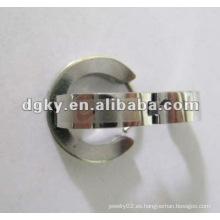 Dongguan personalizado al por mayor de acero inoxidable de aceite doble pendiente calibre tamaños