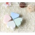 Éponge en forme de coeur mignon/houppette de poudre/outils cosmétiques en forme d'éponge en forme de coeur