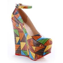 красивые красочные женщин Валентина обувь