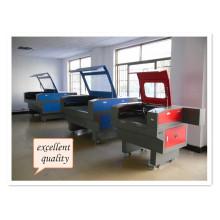 Máquina de gravação a laser CNC para madeira / acrílico / couro