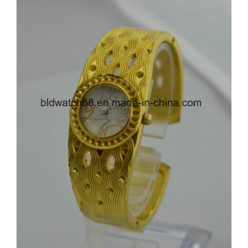 Qualität Frauen Gold Uhren Armband Uhr Quarz Messing