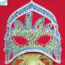 Hermosa máscara de la corona