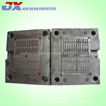 Molde de injeção plástico personalizado da produção das peças automáticas / molde