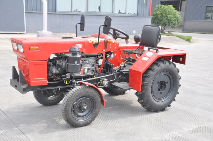 20HP Compact 2WD Wheeled Farm Tractors For Sale