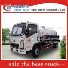 SINOTRUK HOWO 4x2 4000liter pequeño camión cisterna venta
