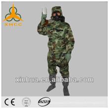 Persönliche Schutzausrüstung (biochemischer Anzug)