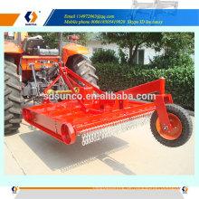 Gras Slasher von Bauernhof Traktor angetrieben