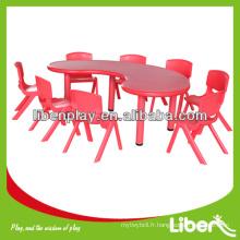 Tableau des enfants en plastique pour maternelle maternelle, table demi-lune, table basse LE.ZY.005