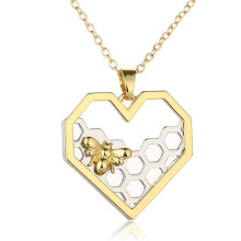 Fashion Necklace In Acrylic Jewelry heart Necklace In Yellow Gold