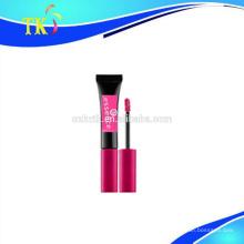 tubo de brillo de labios