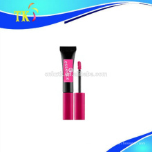 tube brillant à lèvres