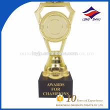 Trofeo de base plástica en blanco por encargo al por mayor