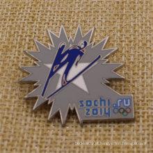 High Polished Metal esmalte Metal Sochi Lapel Pin para venda
