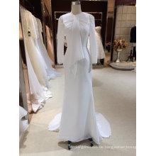 Strand eine Linie langes Chiffon- Hochzeits-Kleid