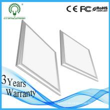 Garantía 3 años de precio competitivo Flat recessed LED paneles 600X600