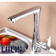 Nouveau robinet de cuisine en laiton de mode (A0038)