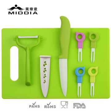 Set de cubiertos de cerámica 8PCS para cuchillo de fruta / tenedores / pelador / tabla de cortar