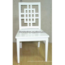Kreuz voller weißer hölzerner Hochzeitsstuhl XP176