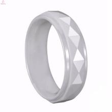Mode handgefertigte Ring mit Charakter Muster für Paare