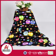 Fabricación lujosa manta de lana de coral china, manta de lana de coral súper suave a granel, stock de manta de microfibra impresa