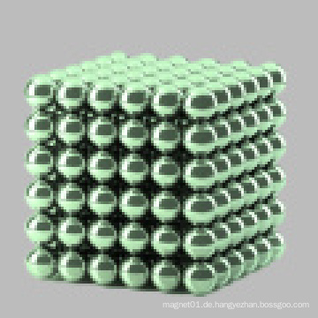 Farbige Magnetkugel mit 216 a Box