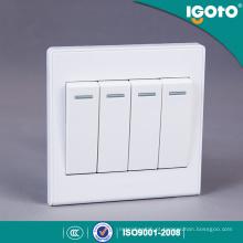 Uso padrão do interruptor da parede do grupo 1 do Reino Unido de Igoto 4 para a casa