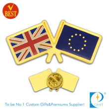 Wholesale China Customized Stamping Gold Plating Country Flag Pin Badge in High Quality