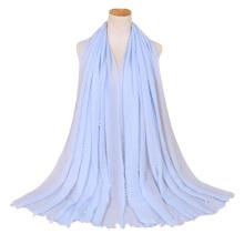 Best selling mulheres muçulmano viscose cachecol hijab tassel borla mulheres muçulmanos pérola sewed lenço de algodão Crinkle Hijab