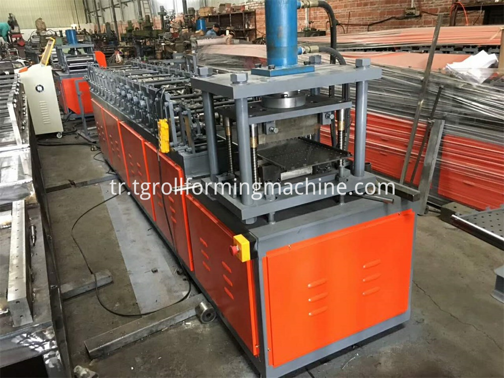 Storage Shelving Roll Forming Machine