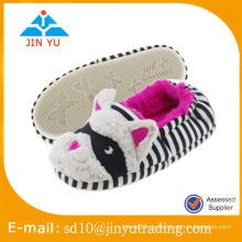 China Großhandel Fabrik Preis elegante Winter warme Wolle indoor Schuhe zapato Sandalia Innenraum invierno