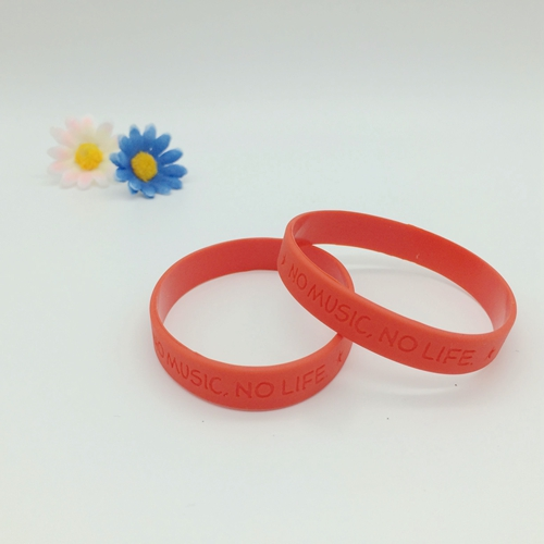 Pulsera de Debossed modificado para requisitos particulares No mínimo