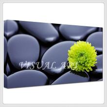 A flor amarela da pedra preta imprimiu a arte da parede da pintura da lona