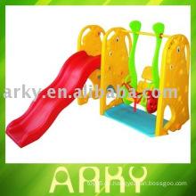 Plastik Kids Indoor Swing mit Slide (Schaukeln)