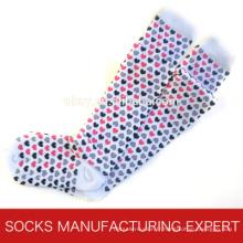 100% coton de chaussette de tube de Coloful de femme (UBM1046)