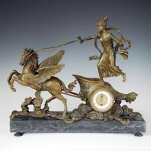Reloj Estatua Caballo Chariot Campana Bronce Escultura Tpc-033