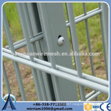 Heavy Gauge powder coating 656 fence