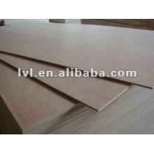 Plywood packing used with red color face