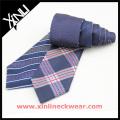 Soie tissée réversible adaptée aux besoins du client en 4 cravates promotionnelles d'usine de conceptions