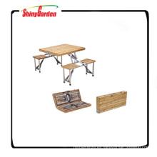 Mesa de camping plegable de madera con sillas