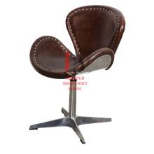 Chaise design en cuir et fer