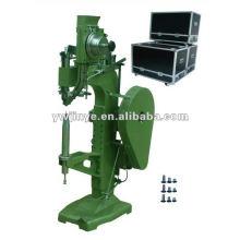 Pequena máquina de rebitar (maiores diâmetros e profundidades)