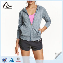 Sudadera con capucha deportiva para mujer
