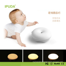 2017 Unique Smart Night Light for baby with touch sensor light donut design